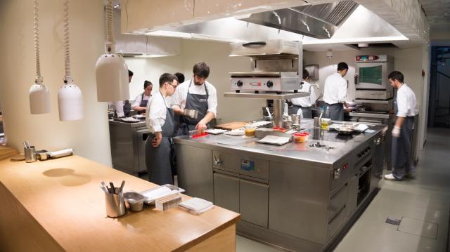 Šef kuhinje restorana Nerua, Josean Alija, Guggenheim, Bilbao, Španija