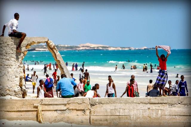 Plaža Lido u Mogadišu, Somalija. Foto: AMISOM Public Information / Flickr