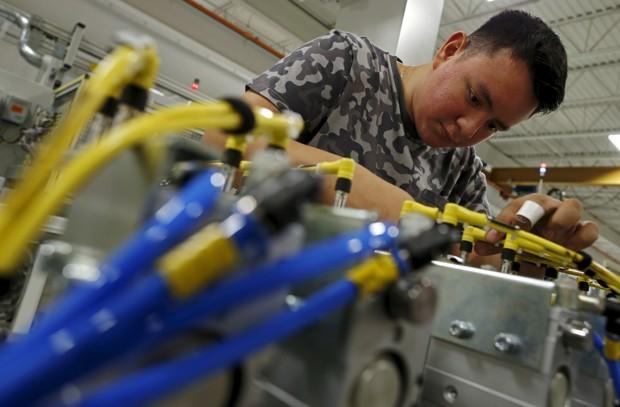 Poslove u proizvodnji imaju radnici bolje obrazovani ili obučeni nego pre