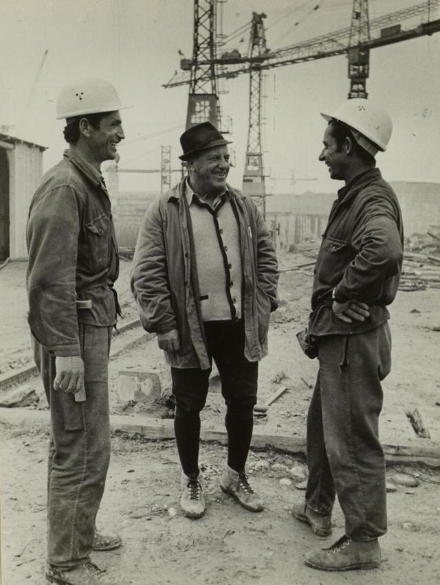 Manjak radne snage zbog demografskih gubitaka u II svetskom ratu, i ekonomsko čudo 1950-ih nagnali su Nemce da uvoze radnu snagu s juga Evrope