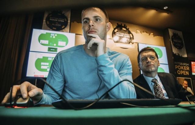 Profesionalac Džejson Les igra protiv Libratusa (11. januar, Andrew Rush/Pittsburgh Post-Gazette,AP)
