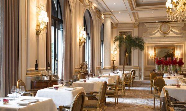 """Mesto zločina: pariski restoran """"Petica"""" (Le Cinq) u hotelu Žorž Peti. Foto: Grégoire Gardette/The Guardian"""