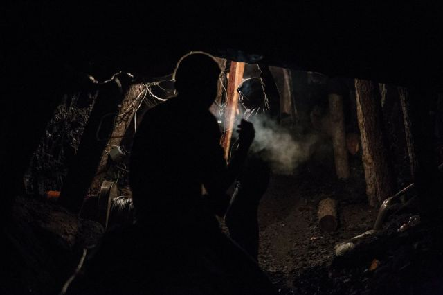 Samouki rudari ugljokopa u Najlahu, Ulan Bator, Mongolija, 16. mart (Taylor Weidman/Bloomberg)