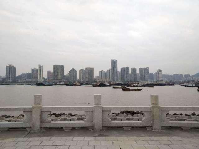 Obalski grad Džuhaj sada je povezan sa Hong Kongom i Makaoom preko mosta koji je arhitekstonsko čudo. (Slika: Bailey Hu/ TechNode.)