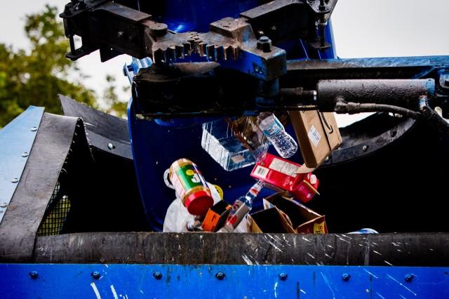 """Mič Hedlund, CEO Recycle Across America: """"Recikliranje je u Sanrajzu dugo bilo nefunkcionalno"""" (Scott McIntyre-NYT)"""